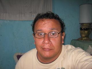 Vinicho, Hombre de Guatemala City buscando pareja